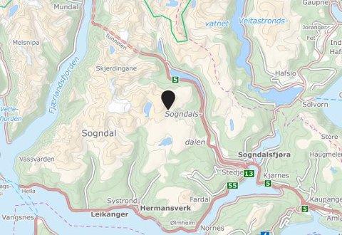 STOR AKSJON: Store ressursar er sende til skredet i Sogndalsdalen.