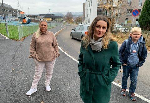 Lise Quivey Flatebø, Janne Løken og Johannes Kildal sier klart i fra om hva de mener om utbyggingen.