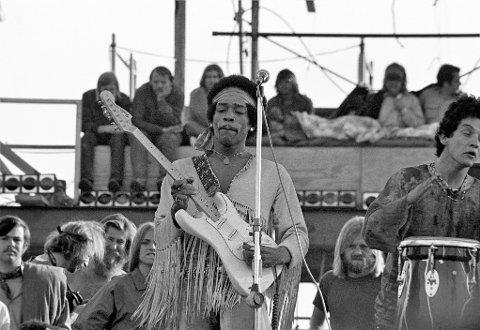 JIMI HENDRIX: Det låt så flott på Woodstock-festivalen. Tross iherdige forsøk, ble det ikke helt det samme i kjellerstua.