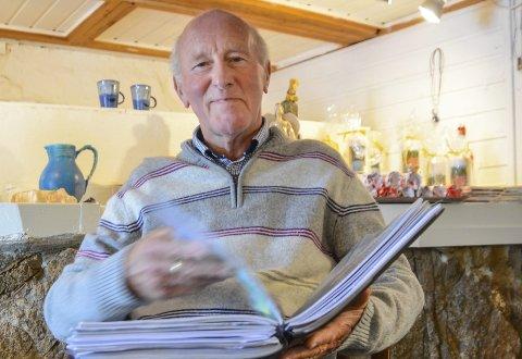 Fyller år: Eldrup Andreas  Hansen fyller 80 år torsdag. Han er i full vigør, og er i innspurten på en diktbok på 300 sider som snart er i salg. I tillegg går han nå igang med å dyrke opp et myrområde på Staubø. Arkivfoto