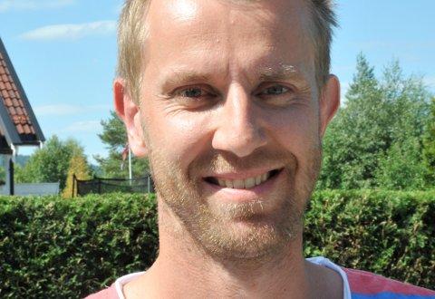 VENTERSTORINNRYKK:Jørgen Klem INILber om at folk ikke hisser seg opp hvis det blir litt trangt om bilplassene lørdag.