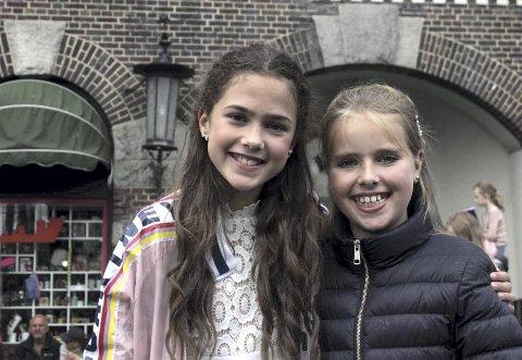 MGP-vinnere: Emma (t. v.) og Anna sto på Bryggen scene under årets åpning av Tall Ships Races.