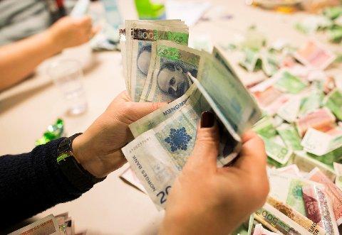 Betalingsproblemene øker i de oljetunge kommunene vest i Hordaland. ILLUSTRASJONSFOTO: EMIL WEATHERHEAD BREISTEIN