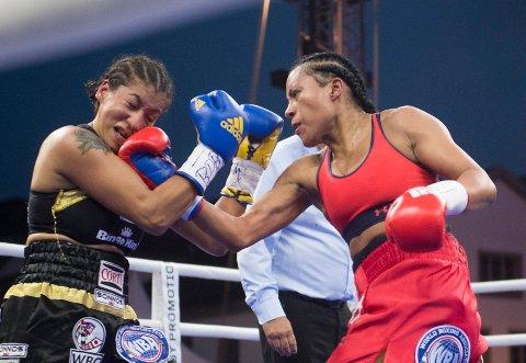 Cecilia Brækhus' oppkjøring til kampen mot Inna Sagajdakovskaja har gått smertefritt. Her fra boksekampen på Koengen i fjor.