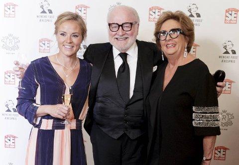 Trude Drevland (t.h.) og Helene  Olafsen sammen med Kjell Arne Totland, i forbindelse med Wenche Foss' Ærespris for 2018 og Se og Hørs 40-årsjubileum i september i fjor.