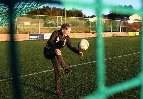 Lea Kraft Vistnes spiller kretskamper i Randaberg Arena i helgen. Det gjør også Liva Landsnes Jensen.