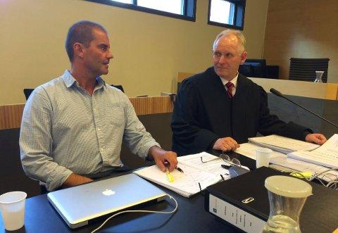 Klar for ny runde: Morgan Andersen må forberede seg på en ny rettsrunde i sommer. Her sammen med advokat Rune Gauseth, som representerte Andersen i tingretten og lagmannsretten.