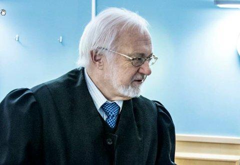 Advokat Øyvind Abrahamsen representerte arbeidsgiver i rettsaken. Fredriksstad Blad har foreløpig ikke oppnådd kontakt med ham for en vurdering av dommen, som ifølge arbeidsgiver vil bli anket.