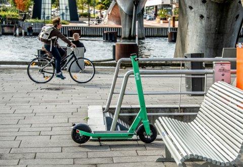 El-sparkesyklene til Bolt tilbake i sentrum. Til nå har 10.000 brukere i Fredrikstad benyttet seg av dem.