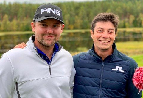 PÅ LIERMOEN: Viktor Hovland (t.h.) og Kevin Wright var strålende fornøyd med golfrunden på Liermoen.