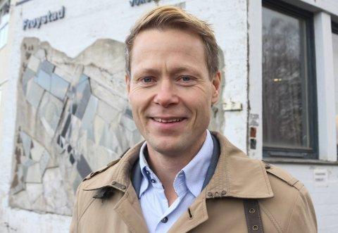 UENIG MED NABOEN: Lunner-ordfører Harald Tyrdal (Ap). ARKIVFOTO: KINE VIK-ERSTAD