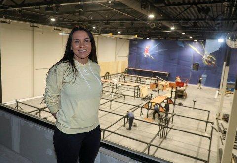 NÆRMER SEG: Daglig leder Mai Vibeke Haaland Simonsen gleder seg til å kunne åpne Rush trampolinepark på Norheim når den står klar i slutten av mars.