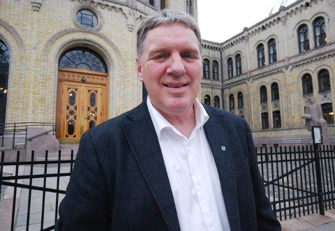 IKKE SKUFFET: Geir Adelsten Iversen (Sp) kan føle seg trygg på ny periode på Stortinget. Han er ikke skuffet selv om en ny måling delvis slår i hjel NRKs drømmemåling.