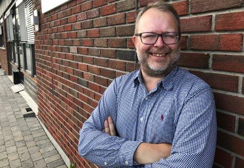 Journalist Bjørn Ivar Bergerud slutter i Indre Akershus Blad til høsten.