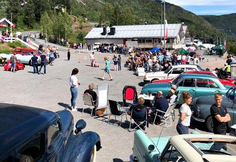 I GANG: Rødbergdagene for 2020 er allerede i gang, men dette bildet er fra i fjor. Det blir imidlertid veteranbiler og Olabilløp i år også.