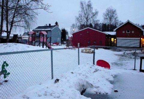 STENGT: Måsan barnehage ble stengt i november, etter at det ble funnet rotter i barnehagen. Nå opplyser kommunen at barnehagen kan åpnes igjen i februar.