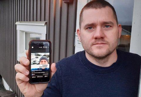 Benjamin Hagen Einarsen med facebook-filteret som har bredt om seg i Lofoten i rekordfart.