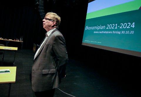 KREVENDE ÅR: Kommunedirektør Hans Reidar Ness har lagt bak seg et år som var vanskelig å forutsi.