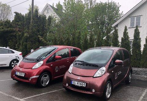 KOMMUNALE BILER: Oslo kommune har mange biler stående rundt i bydelene, som KrF foreslår at man kan leie ut til innbyggerne på kveldstid og i helger.