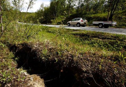 NY VEI: Veien mellom Breivikeidet bru og syv kilometer innover mot avkjørselen til Sjursnes må gjøres noe med. Nå har Statens vegvesen gitt sin innstiling til løsning på problemene.