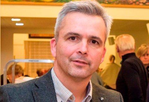 – BLE LITT KLEINT: – Det ble litt kleint, sier ordfører Bror Helgestad etter sin opptreden i NRKs TV-studio tirsdag kveld.