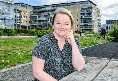 BOLIGKJØP: Christin Larsen fra Sandefjord stusset over ulike boligareal-tall da hun skulle kjøpe bolig i Larvik.