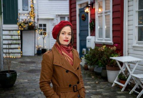 SPENT: Ingebjørg Berg Holm slipper sin tredje roman. Forfatteren er fra Larvik men har bodd over halve livet i Bergen.