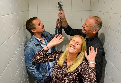 GREIT Å DUSJE: De aller fleste elevene oppgir at det er greit å dusje. Verre er det med bråk og dårlig tid i garderoben. Fra venstre Vidar H. Brattli, Kjersti Mordal Moen og Knut Wetslie.