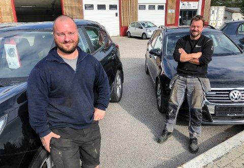PÅ PLASS I ELVERUM: Glenn Libekk (til venstre) og far Arild Libekk åpner en 1000 Fix-avdeling på Løvbergsmoen.