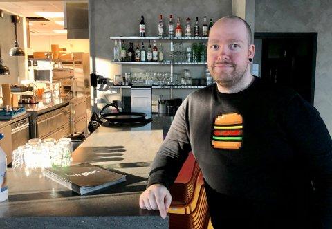 TUNGT: Harald Taraldlien har hatt et tøft 2021 som sjef for tre burgerrestauranter i Vestfold og Telemark.