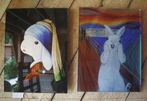KANIN MED PERLEØREDOBB: Kunstner Heidi Saxegaard Eriksen maler kjente motiv i ny stil. Her har Johannes Vermeers «Pike med perleøredobb» og Edvard Munchs «Skrik» fått nye uttrykk.