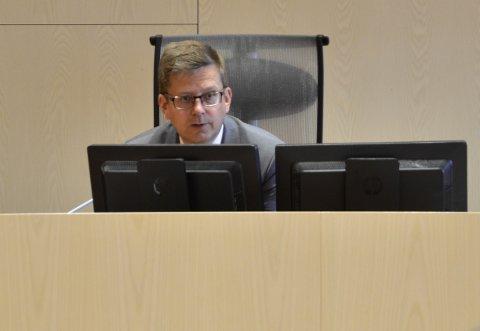 Lagdommer Stig-Ole Haug håper å kunne starte rettssaken tirsdag morgen.