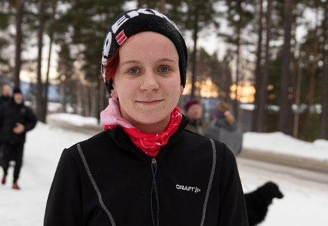 ANONYM: Aina Helltun (21) bruker anonyme apper fordi det er enklere å snakke om tabubelagte temaer. (Arkivfoto: Mari Johnsen Viksengen)