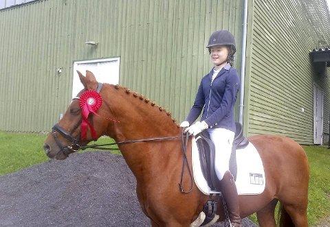 ANDREPLASS: Emilie Braathen og Delight fikk en flott 2. plass.