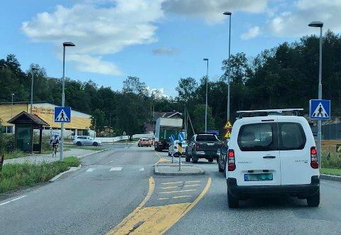 KØ: Det er ofte kø langs Slemmestadveien.