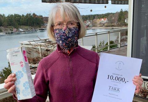 VINNER: Etter å ha levert drikkekartonger i over 20 år, vant Magnhild Fevang denne uka 10.000 kroner.