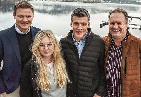 520 000: Kulturdepartementet med Abid Raja i spissen har tildelt 520 000 kroner til Heddal IL og ParaVeka 2021. - En stor dag, sier Terje Bergskås i Heddal IL, om da nyheten slapp for noen dager siden. (f.v) Prosjektleder Tormod Hynne, Siri Aardalen fra Notodden i Sentrum, Terje Bergskås fra Heddal Idrettslag og Karl Arne Lia fra Notodden Bordtennisklubb.