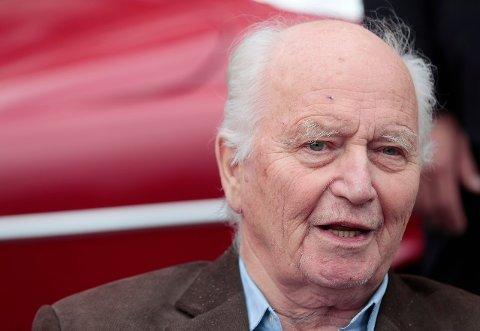Partiveteranen og frokostdiplomaten Thorvald Stoltenberg er død, 13. juli 2018.