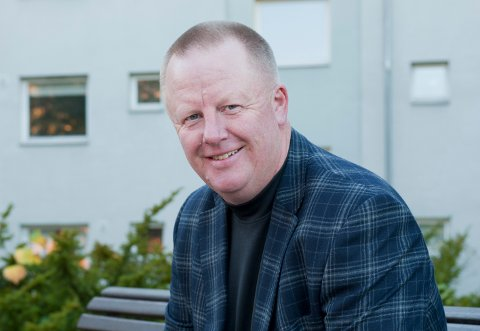 Jan Svendsen (59) fra Averøy er en nestor i spillbransjen.