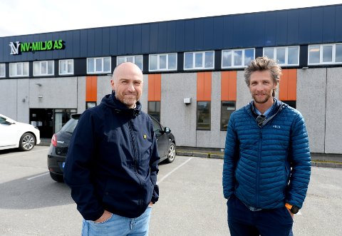 Yngve Kruse (til venstre) og MindMap skal bistå Bjørnar Bøe Lundberg og Kristiansund Fjellklubb å finne daglig leder i det som i oktober skal stå ferdig som Kristiansund Klatresenter i Ello-bygget.