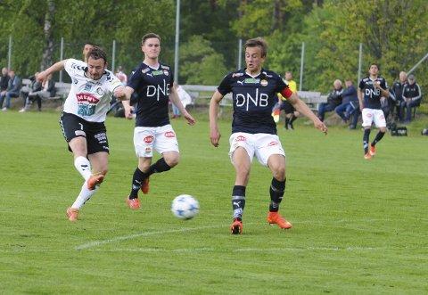 MÅLJEGER: Anders S. Gustavsen åpnet scoringskontoen for Teie etter overgangen fra Eik.