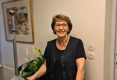 ELSKER JOBBEN SIN: Anne Marie elsker jobben sin som renholder på Melsom videregående skole.
