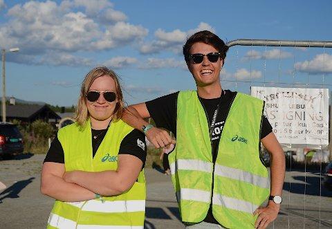 Gøy: Gina Roen og Carl August Tronrud synes at det er gøy å jobbe som frivillig på Trollrock.