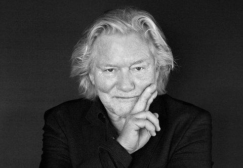 KOMMER TIL ÅS: Fotograf Morten Krogvold.