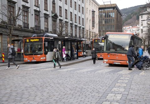 Fra søndag morgen kan alt av offentlig transport stå i ro.
