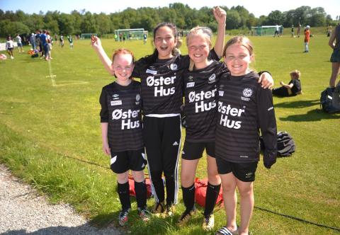 Det var strålende sol og kjempestemning for de fotballglade barna under Tec Con Cup i fjor.