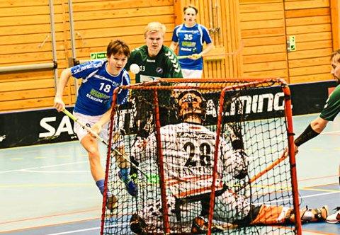 NÆR MÅL:  Daniel Moen Eriksen var fremme og truet BV/Haugers keeper i den andre peiroden.