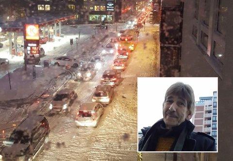Etter å ha brukt halvannen time fra sykehuset til Circle K i Engene, en avstand på 850 meter, stanset Alex Nitterher for å ta seg en pølse og avvente trafikken.