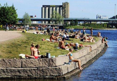VANNKVALITET: Nå kan du få oversikt over vannkvaliteten på de ulike badestedene i Drammen.