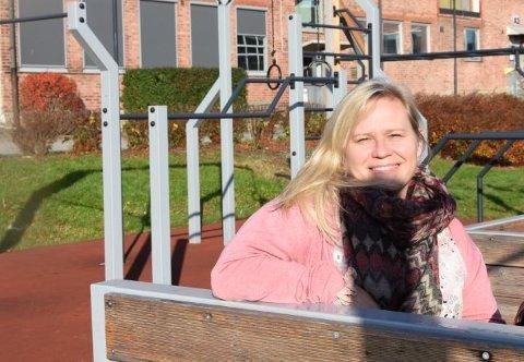FORUNDRET: Marianne Storm, leder av Fredrikstad aktivitetsråd, synes det er merkelig at kommunen ikke vil gi penger i det hele tatt til aktivitetsrådet, når kommunen selv har hatt som mål å opprette det.